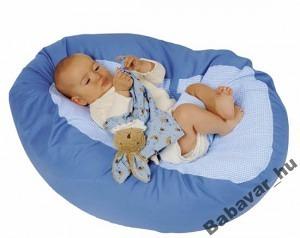 Világoskék mikrogyöngyös pihenő babáknak