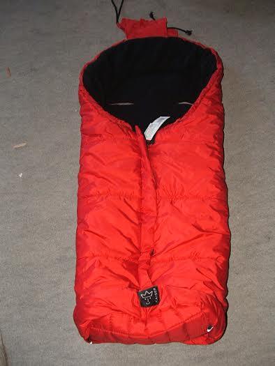 aiser piros bundazsak