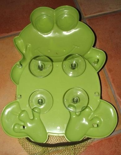 Békás műanyag fürdőjáték tároló