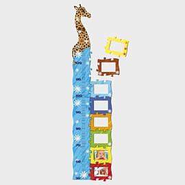 Egyedileg dekorálható natur fa zsiráfos  magasságmérő
