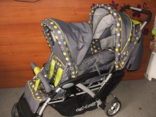 Chic 4 Baby Iker Testvér babakocsi szürke zöld H. Chicco LiteWay ernyőre  csukható sport babakocsi fekete karfával 856974ce31