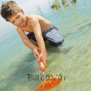 Tengeralattjáró vízipisztollyal narancs