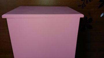 Rózsaszín Pillangós Komód Szépséghibás