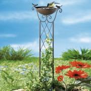 Kerti fém leszúró dísz: madáritató
